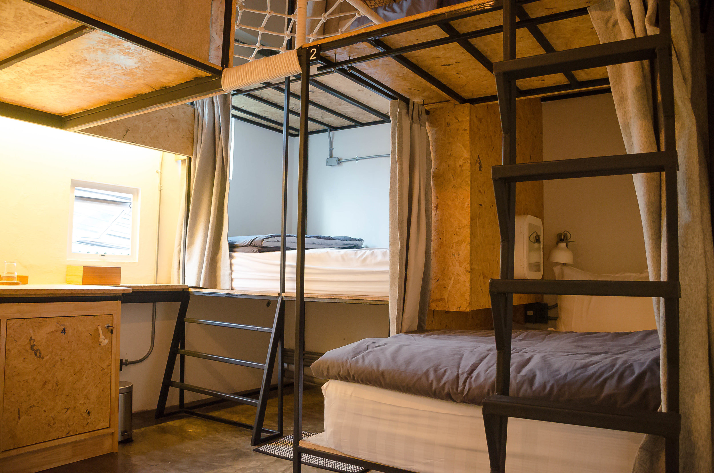 4-bed dormitory