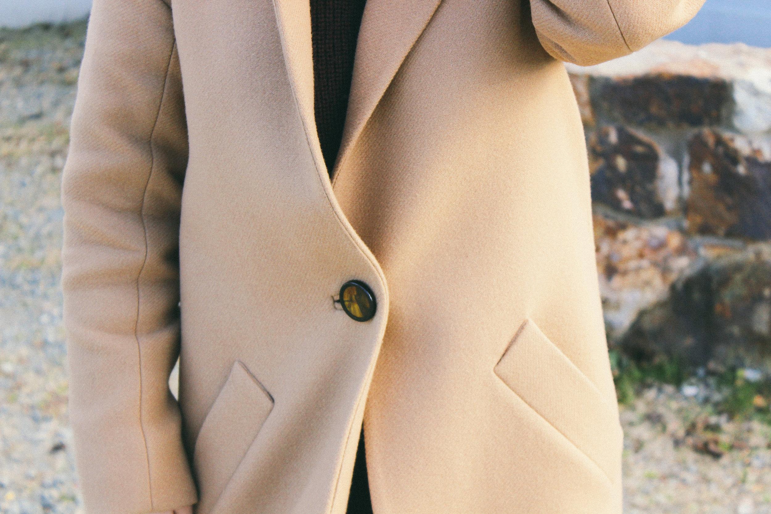 oversized-camel-coat