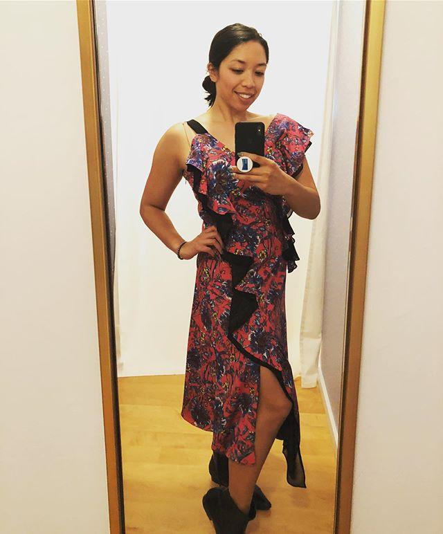 This @prabalgurung dress was the perfect outfit for a newbie salsera! 💃#myrtr #closetinthecloud