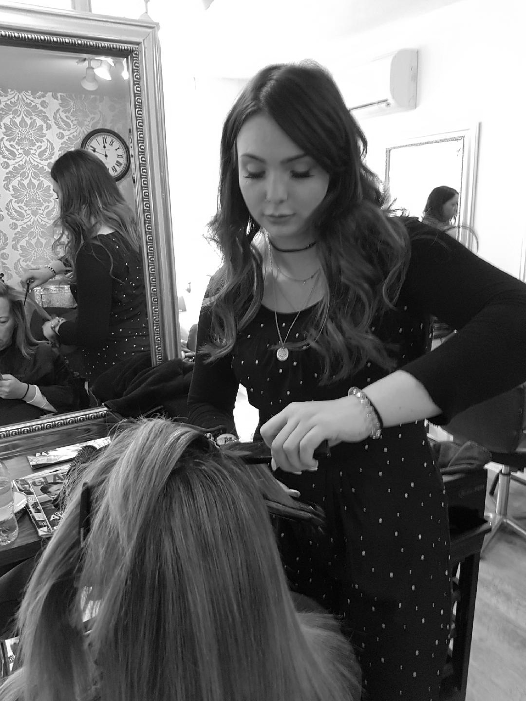 SHANNON - Shannon is our creative stylist with over 7 yrs working for Toni and guy in the UK and Dubai. Shannon enjoys travelling with her work and loves expressing personality into her clients hair.