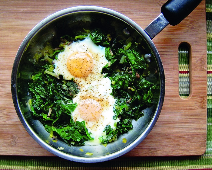 skillet-poached-eggs-with-spinach.jpg