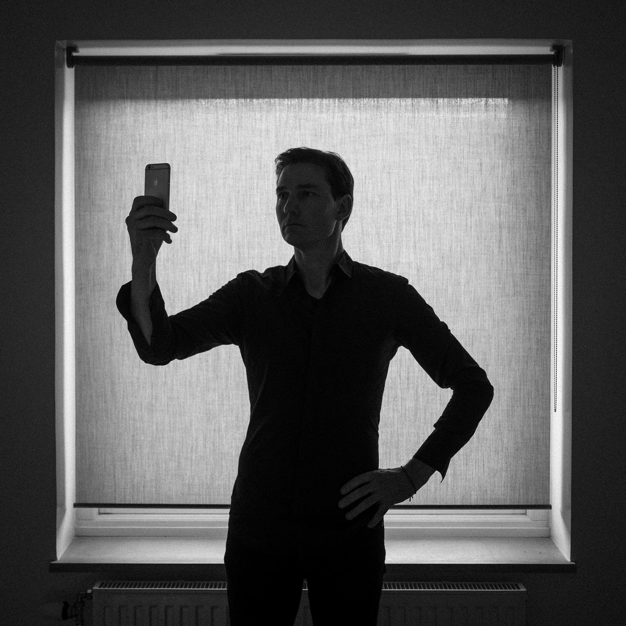 Introspective Selfie
