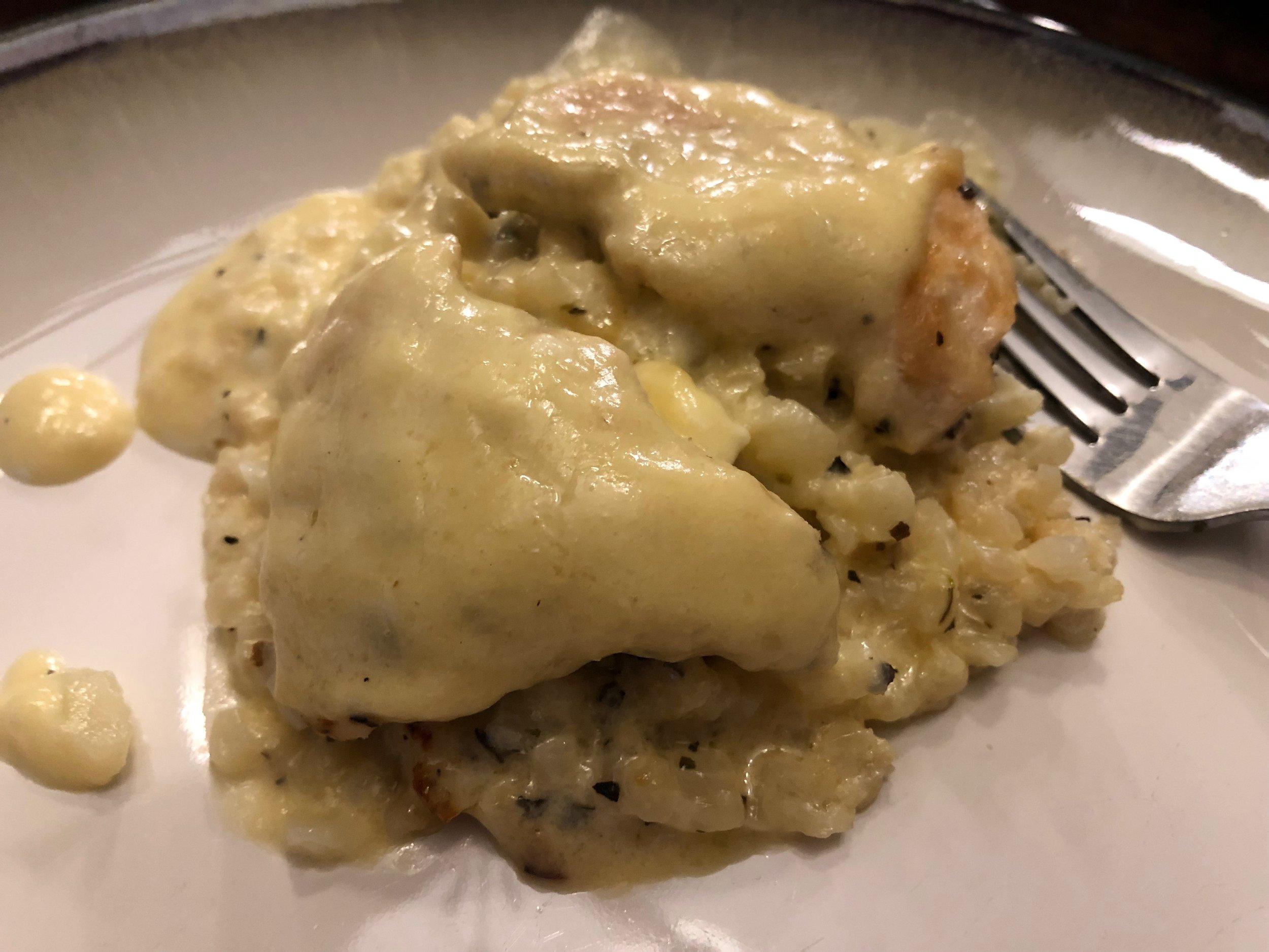 Keto and low carb chicken alfredo casserole dinner recipe