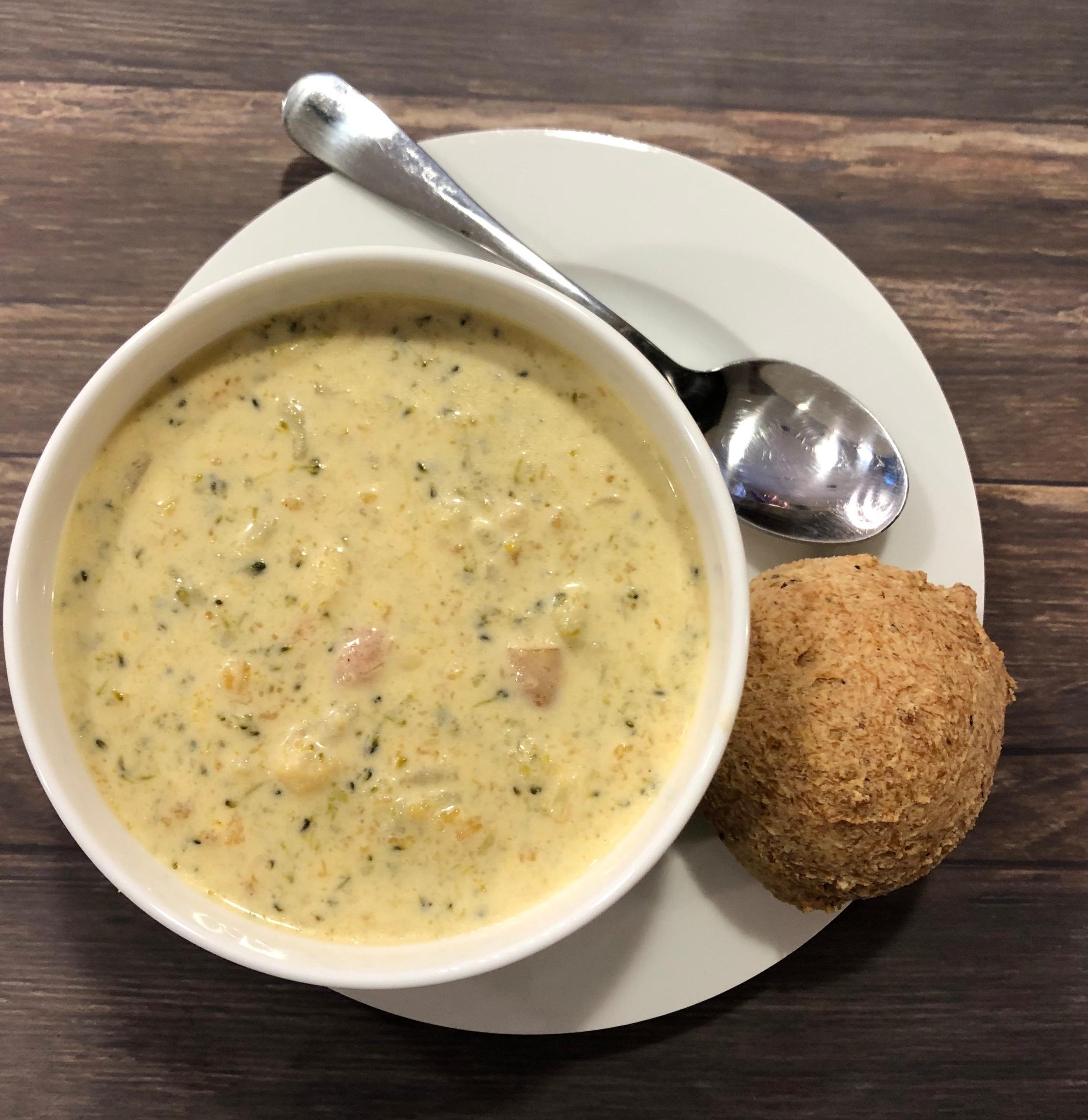 keto instant pot broccoli cheddar soup dinner roll recipe