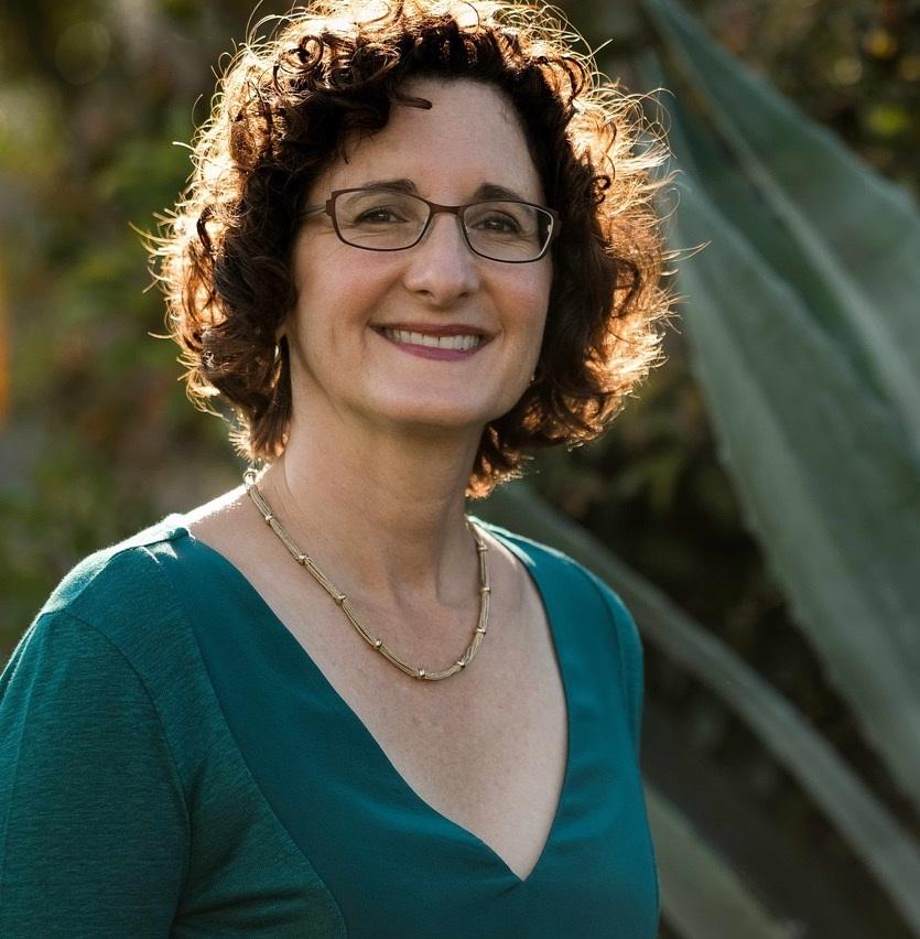 Robin Salsburg    Vision Garden Design , Aptos, CA APLD Bay Area District Member