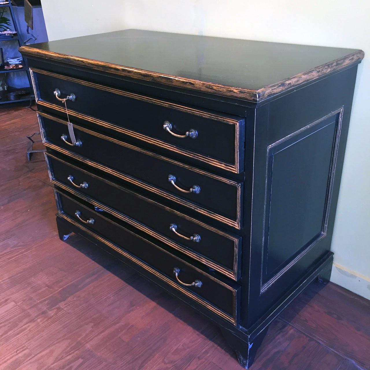 Napolean Dresser.JPG