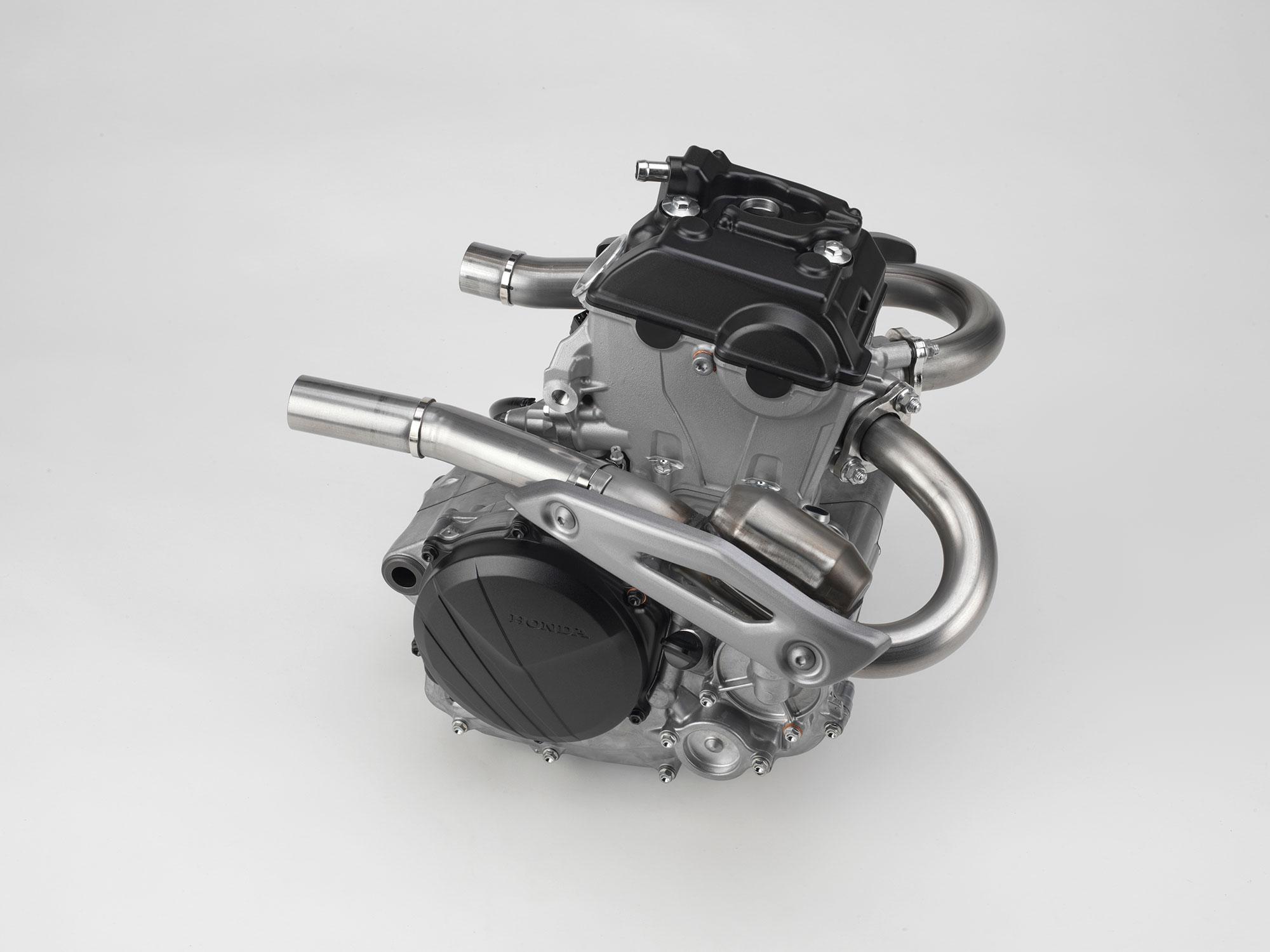 18_CRF250R_ENGINE_HEADERS_RT.jpg
