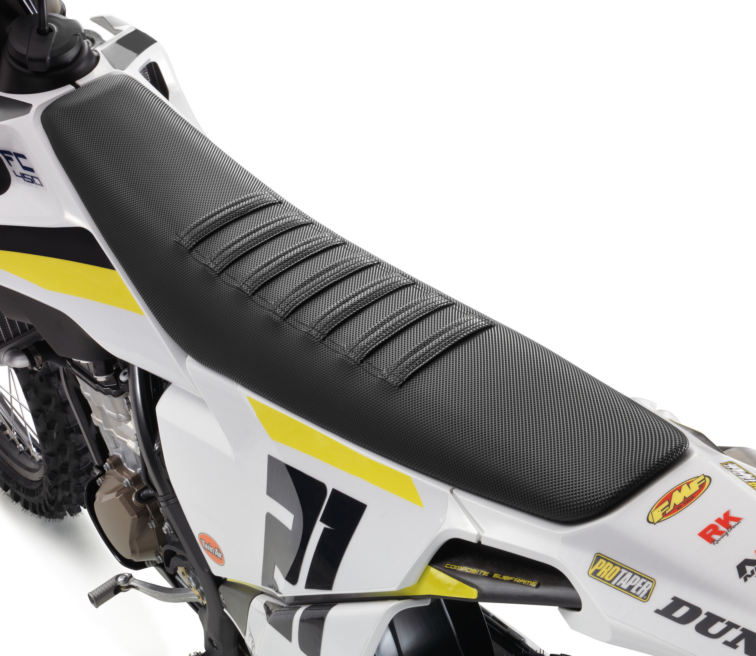 New racing inspired ribbed seat cover.