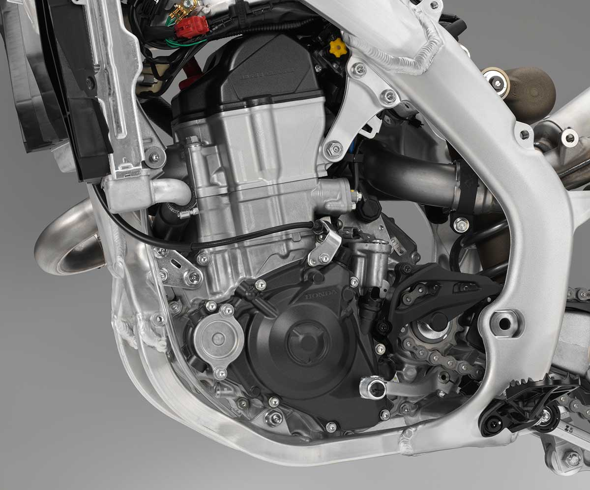 19-Honda-CRF450R_engine-L.jpg