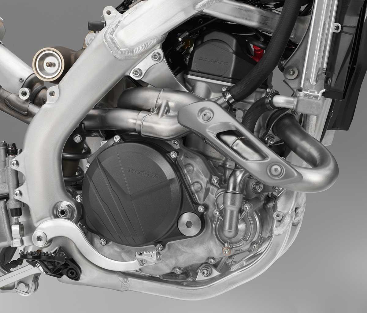 19-Honda-CRF450R_engine-R.jpg