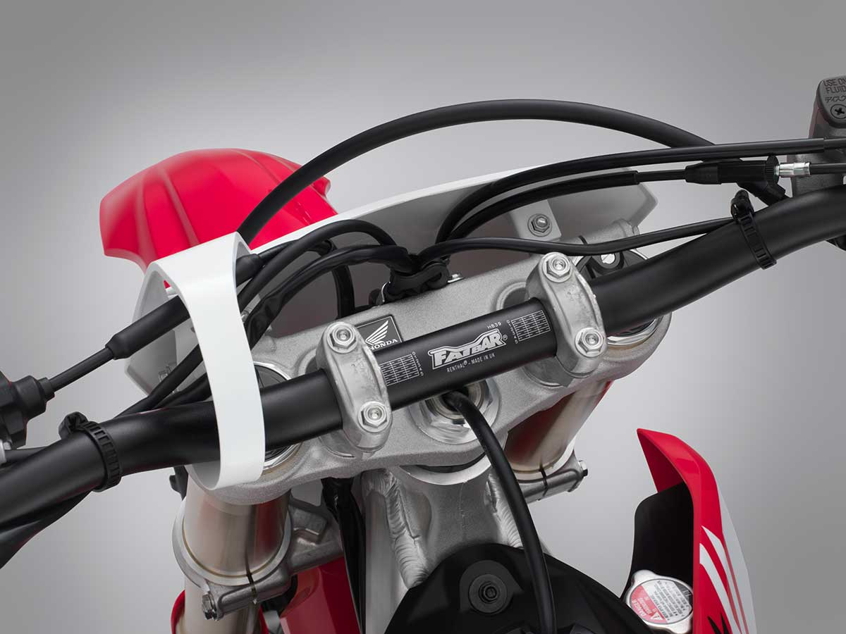 19-Honda-CRF450R_handlebar-mount.jpg