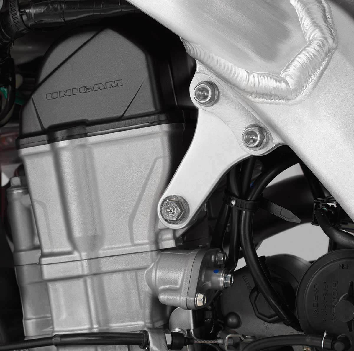 19-Honda-CRF450X_engine-hanger.jpg