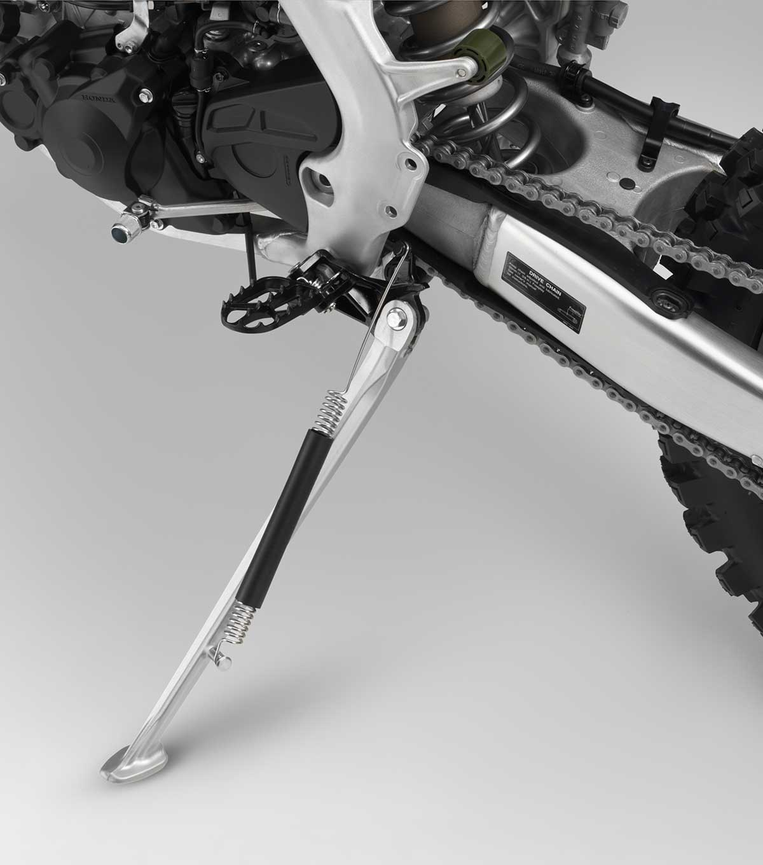 19-Honda-CRF450X_kickstand-down.jpg