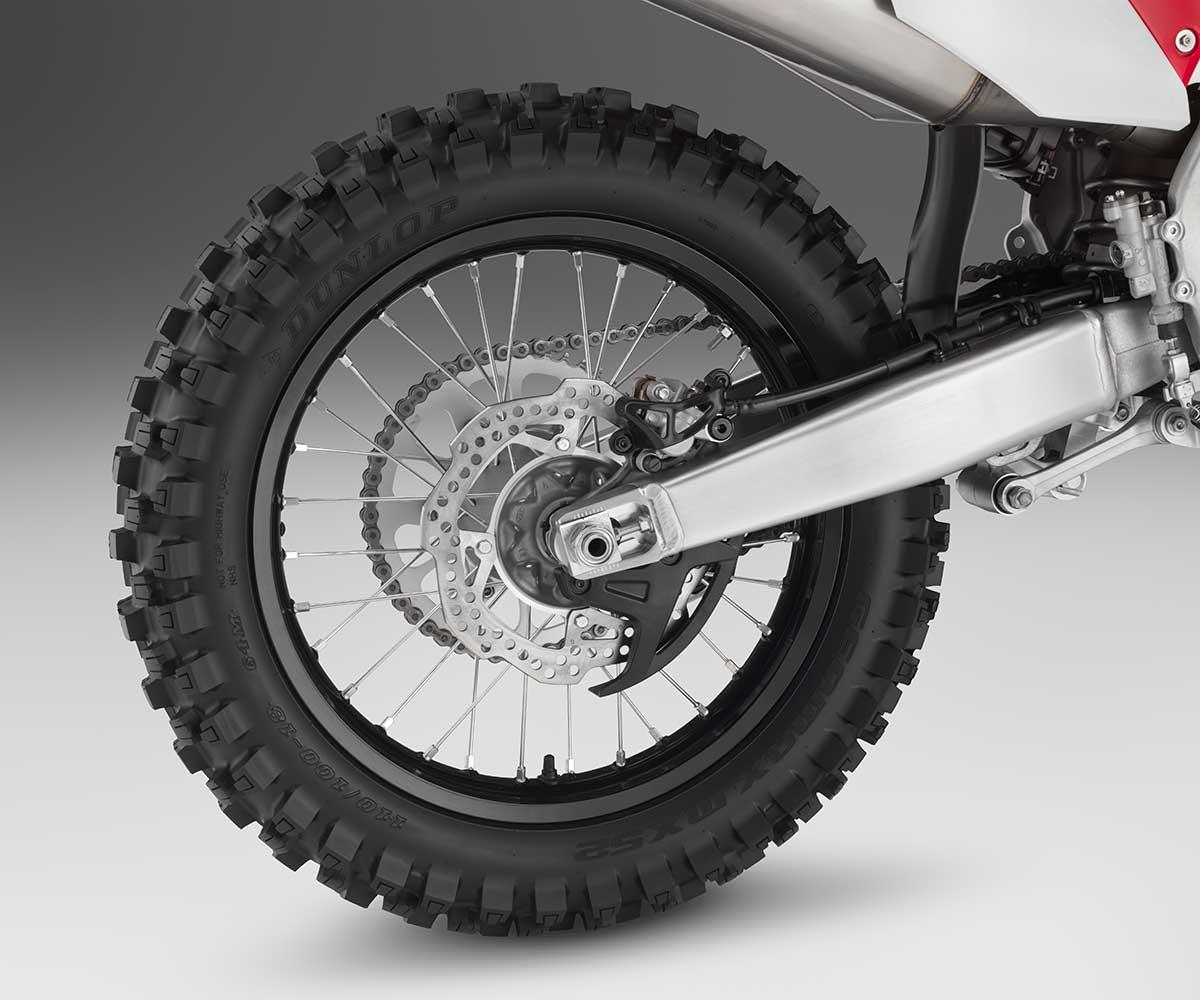 19-Honda-CRF450X_rear-wheel.jpg