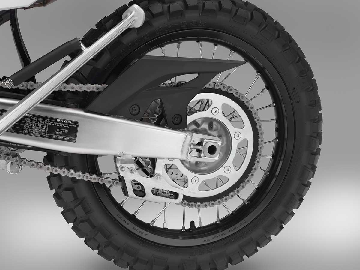 19-Honda-CRF450L_chain-sprocket.jpg