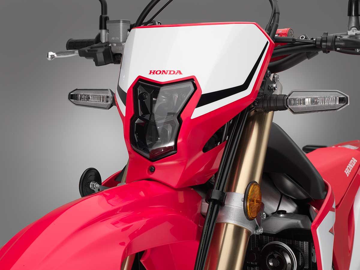 19-Honda-CRF450L_headlight-off.jpg