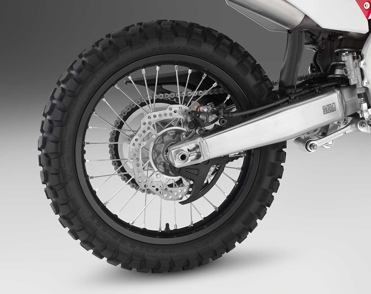 19-Honda-CRF450L_wheel-R.jpg