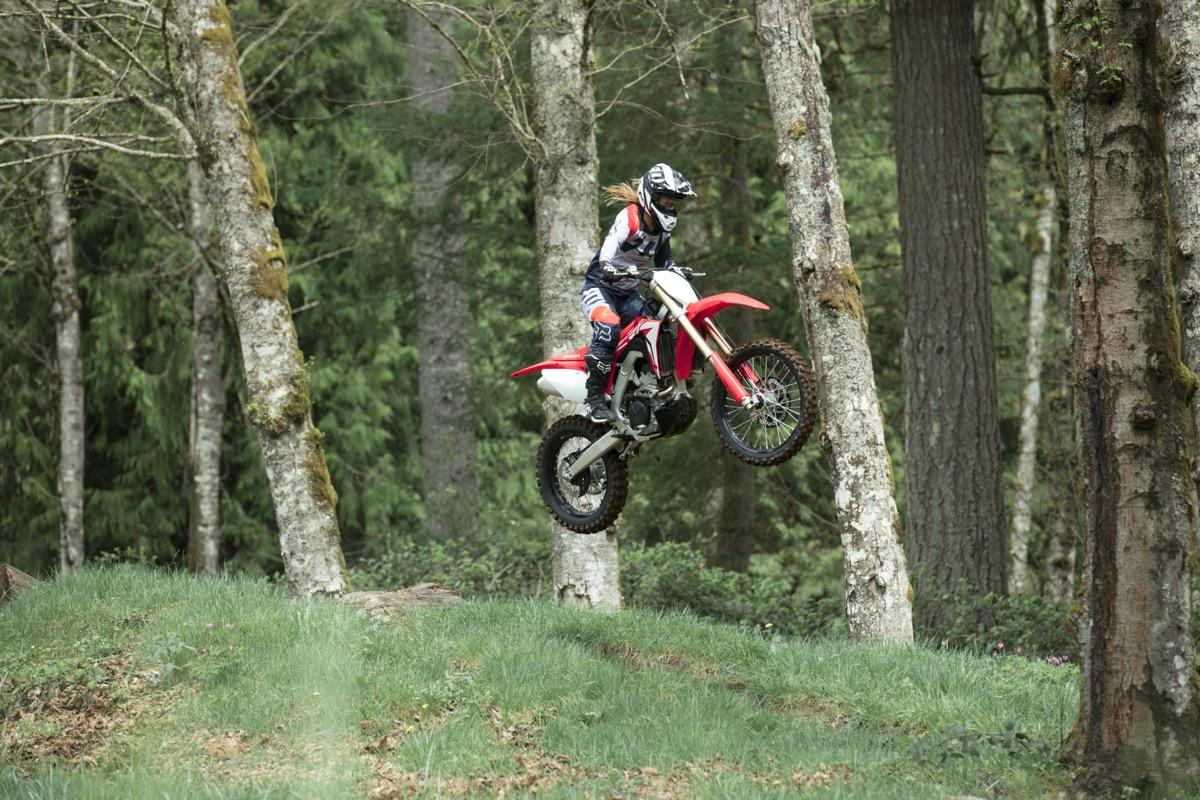 19 Honda CRF250RX_Action_8.jpg