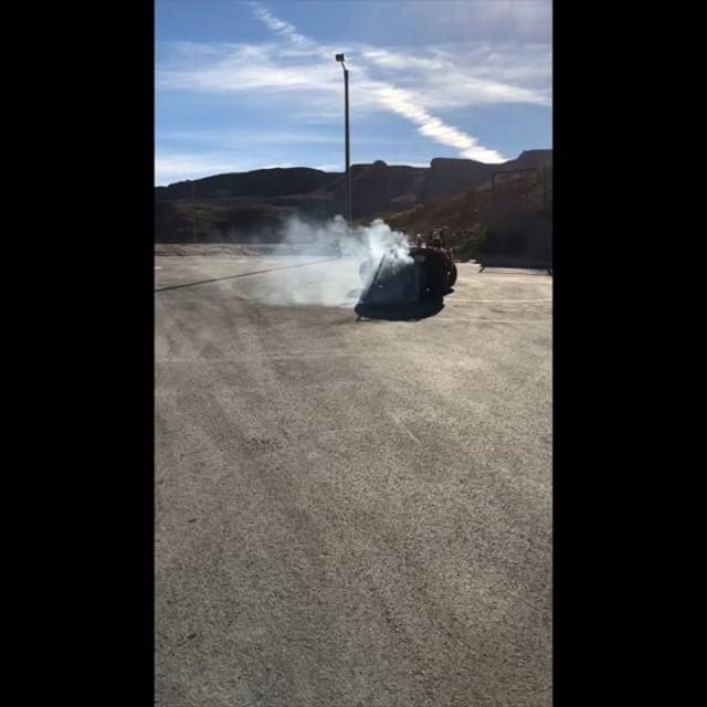 #tbt Throwback Thursday to some Polaris Slinghsot fun in Vegas #slingshot #polaris #polarisslingshot  #lasvegas #burnout