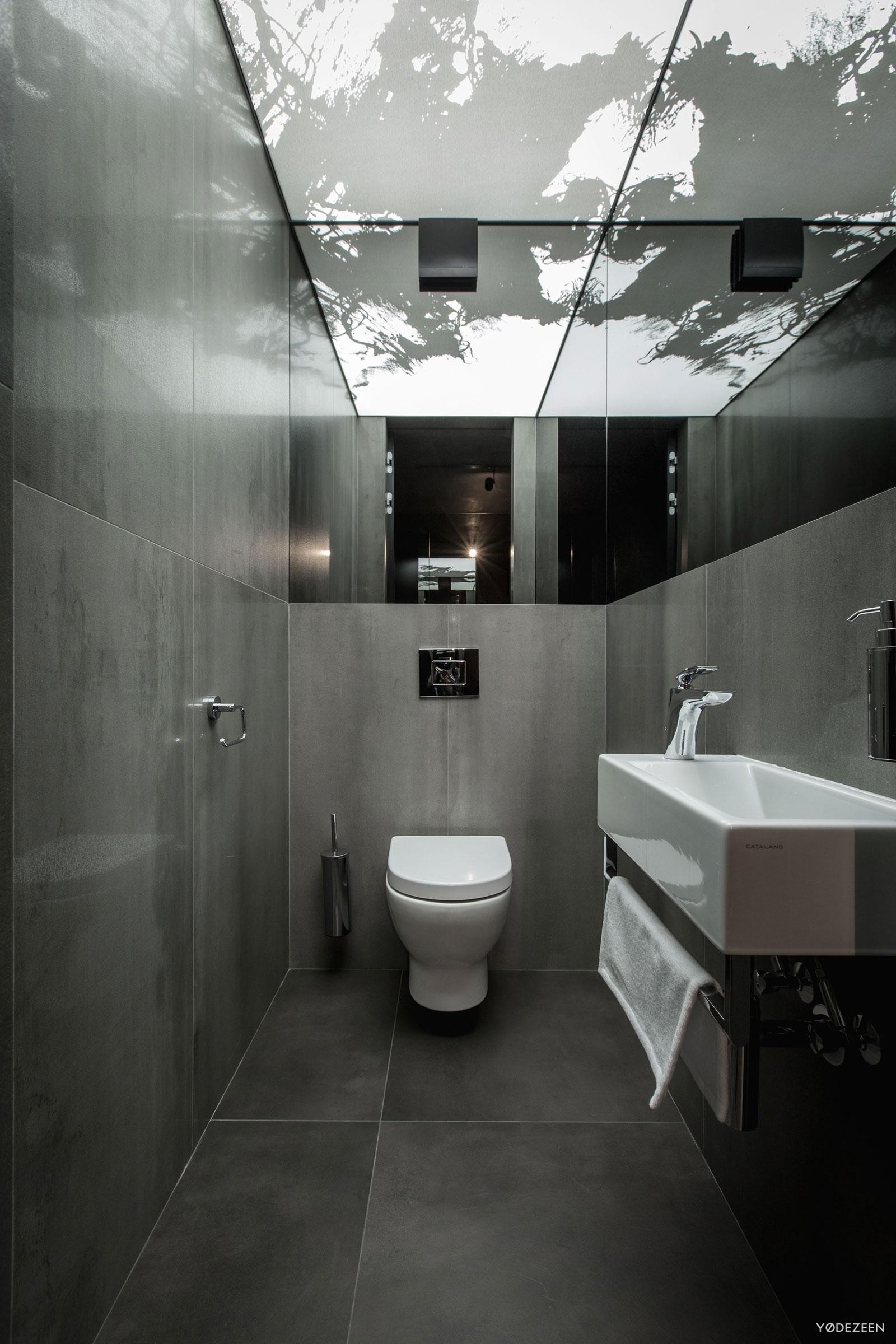 Modern-Home-Interior-33.jpg