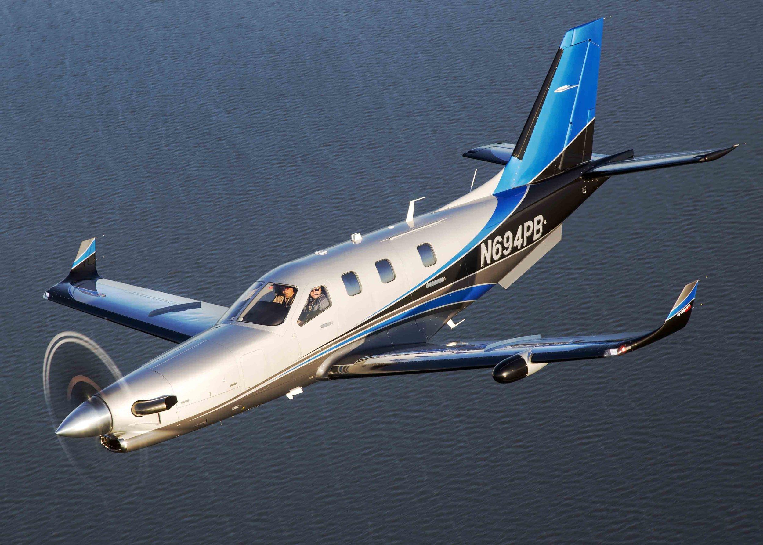 Top Speed & Top Luxury -