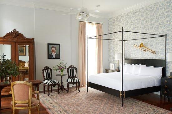 The Henry Howard Hotel