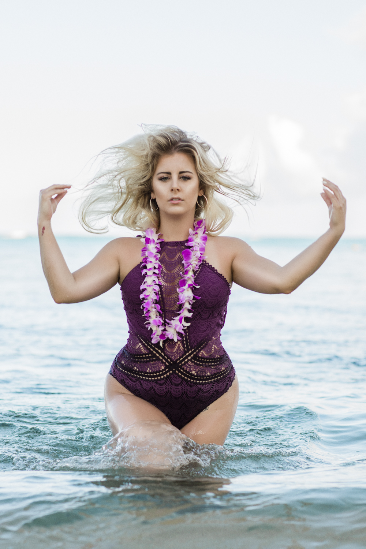 sarahfranklin_bysidneykraemer_hawaiianeachboudoir_LOW-8.jpg