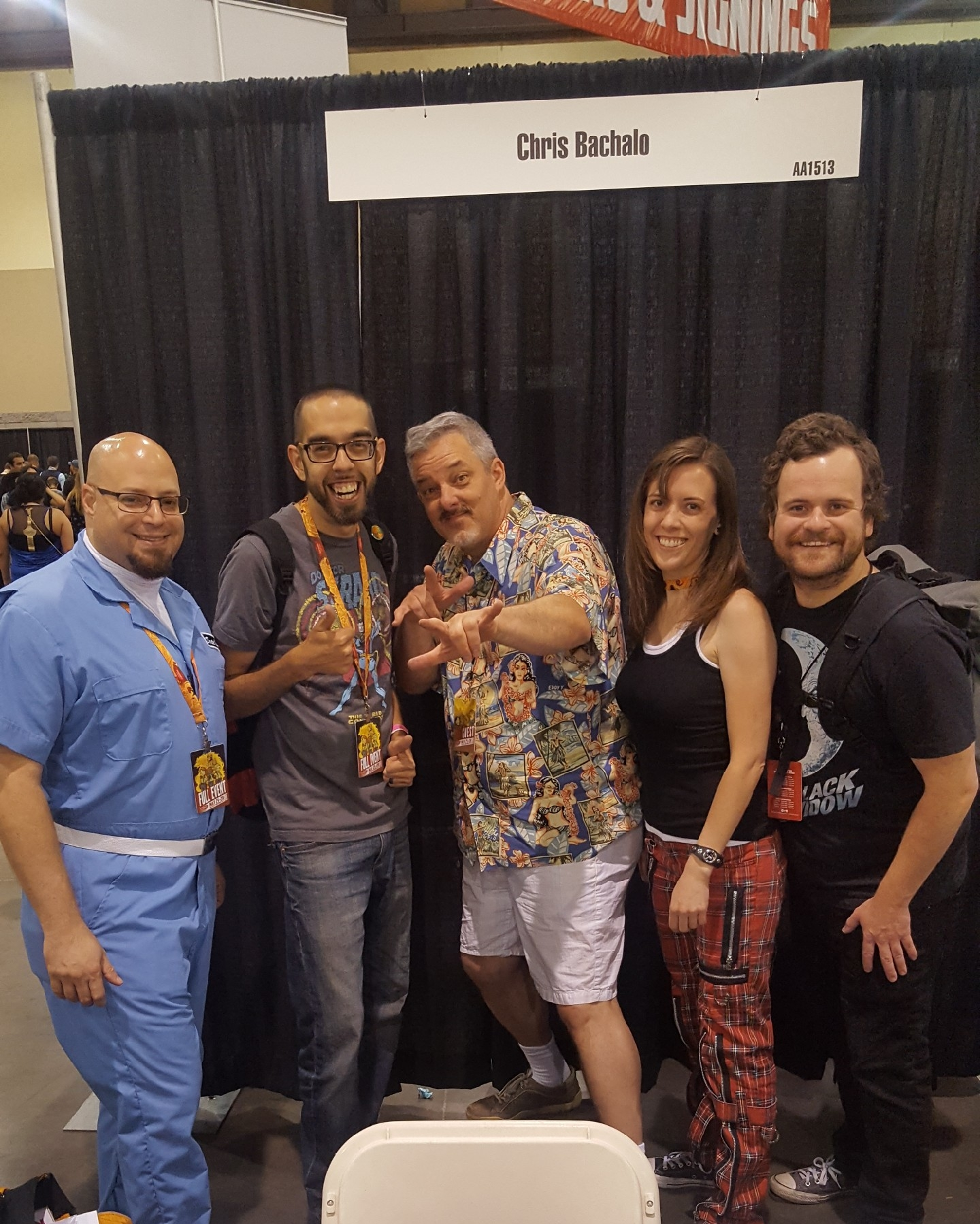 - We got to meet and nerd out with some of our favorite artist! Here we are with Chris Bachalo (Doctor Strange)! Hey, there's Shannon!
