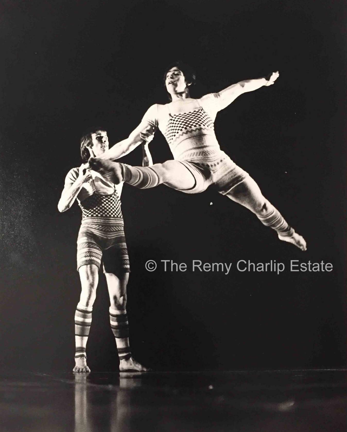 """Mad River"" 1 (1974) London Contemporary Dance Theater; Choreography, Remy Charlip; Performers: Patrick Harding-Irmer, Anthony van Laast; Costume Design: Bill Gibb; Photo: Anthony Crickmay"