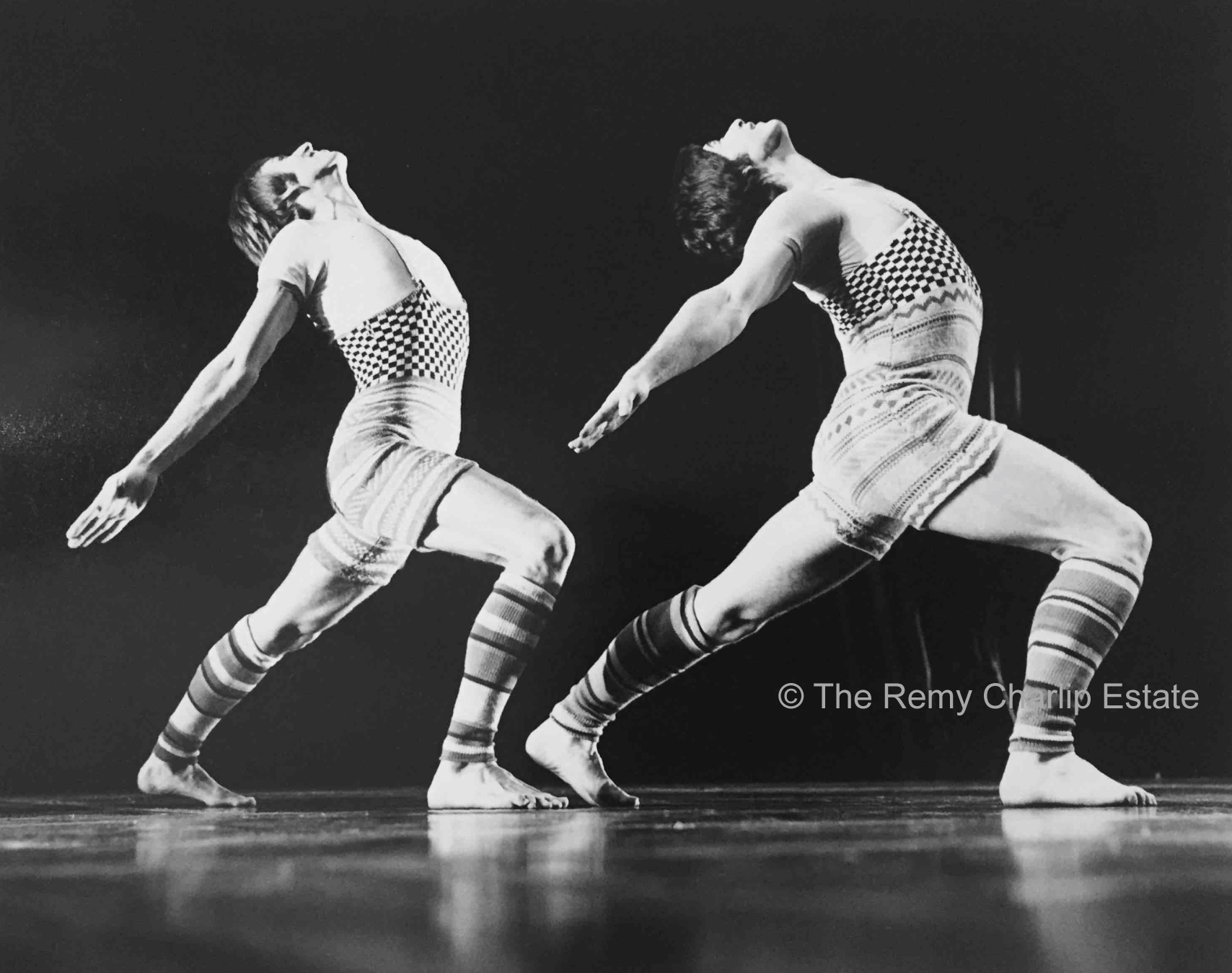 """Mad River"" 2 (1974) London Contemporary Dance Theater; Choreography, Remy Charlip; Performers: Patrick Harding-Irmer, Anthony van Laast; Costume Design: Bill Gibb; Photo: Anthony Crickmay"