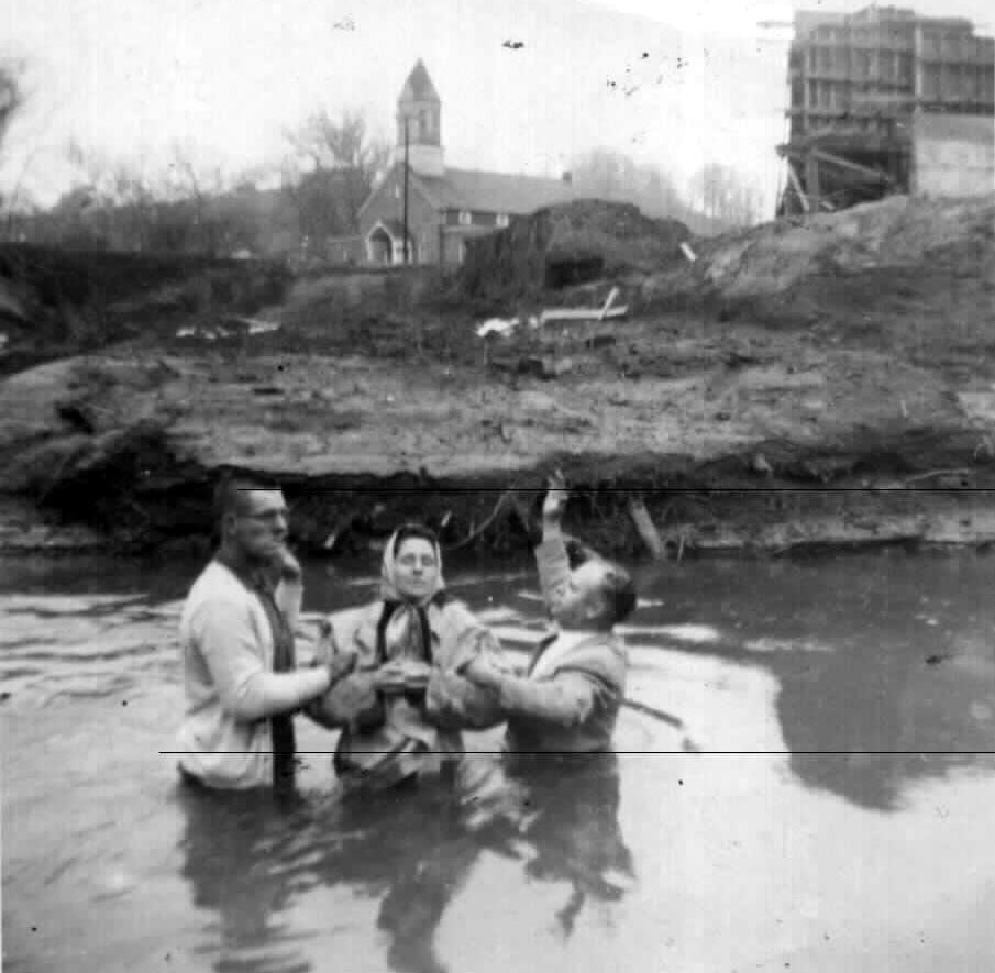 baptism20at20hitchins1.jpg