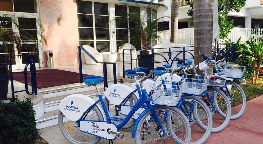 Pestana bikes Super Bowl 2020 Miami.jpg