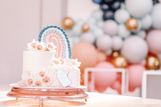I get to do so many lovely baby showers but this one was super special as it was for my sweet babe! Thank you @noughtsandcrossesnz for this stunning creation ✨💗🍼