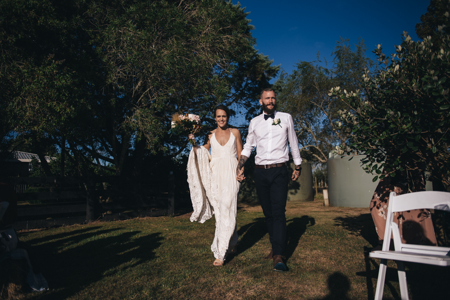 Auckland wedding photographer, award winning wedding photographer, back garden wedding, kaukapakapa wedding