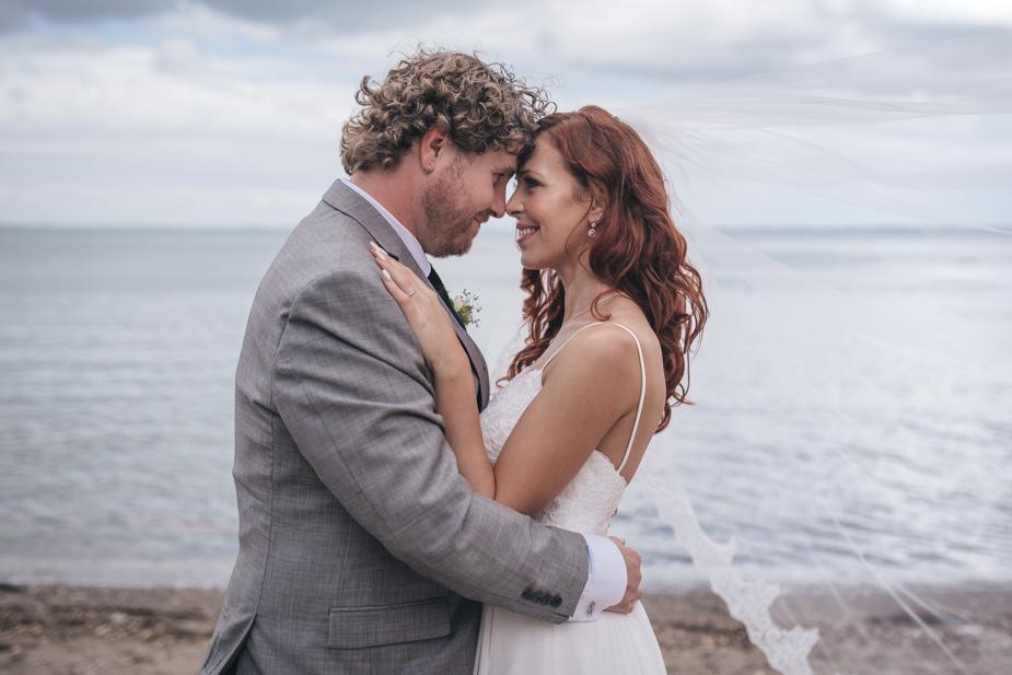Auckland wedding photographer, Lopdell House wedding, Titirangi-23.jpg