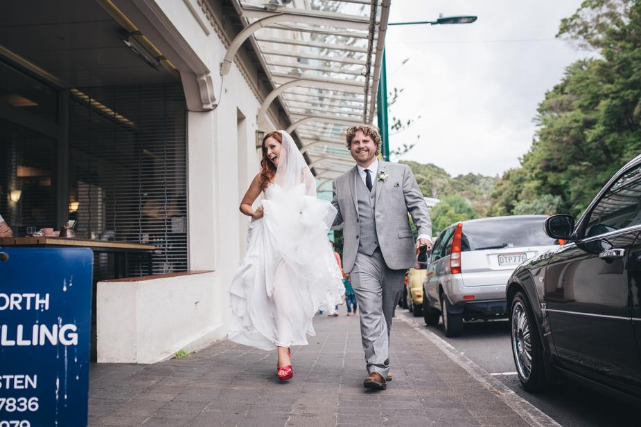 Auckland wedding photographer, Lopdell House wedding, Titirangi-25.jpg