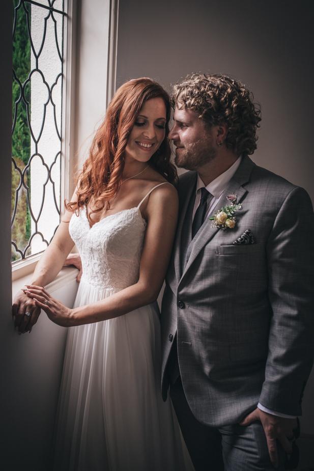 Auckland wedding photographer, Lopdell House wedding, Titirangi-30.jpg