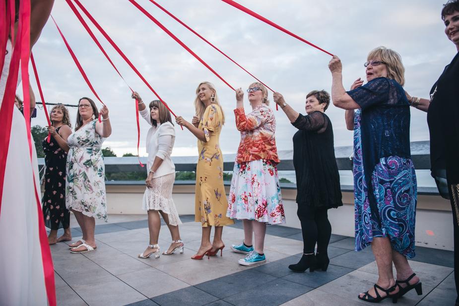 Auckland wedding photographer, Lopdell House wedding, Titirangi-34.jpg