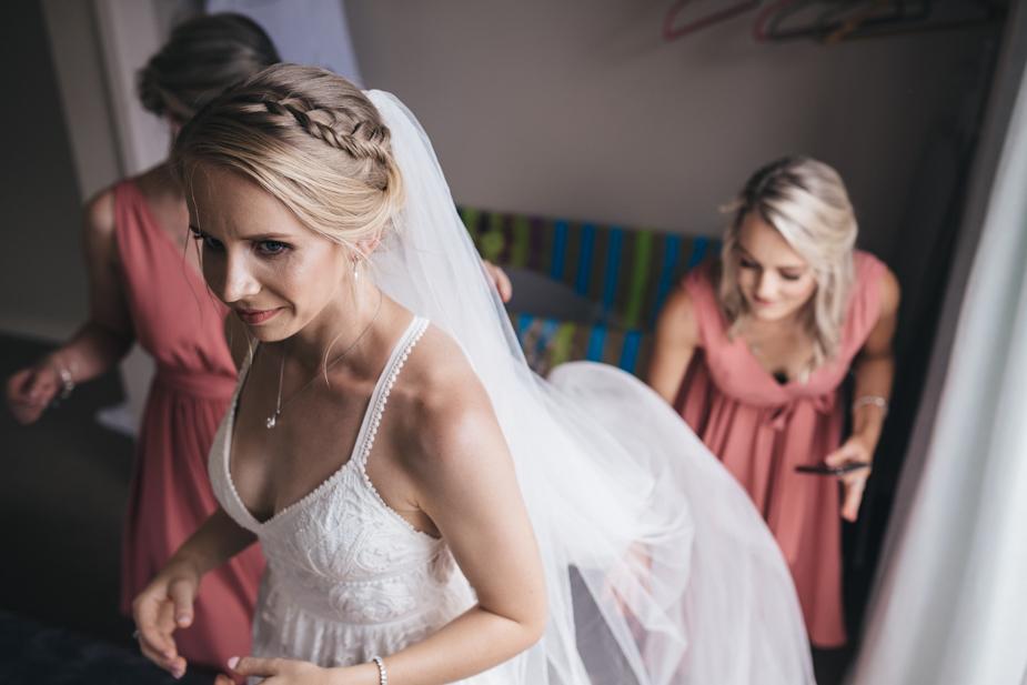 Auckland wedding photographer, Kumeu Valley Estate -34.jpg