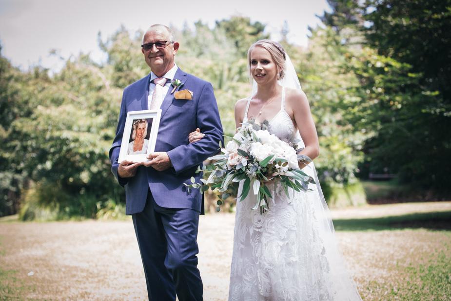 Auckland wedding photographer, Kumeu Valley Estate -55.jpg