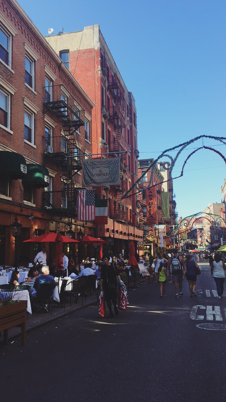 Little Italy is definitely reminiscent of Italy. The hosts stand out in the street to invite you to try their restaurant, and nearly every restaurant had outdoor seating.