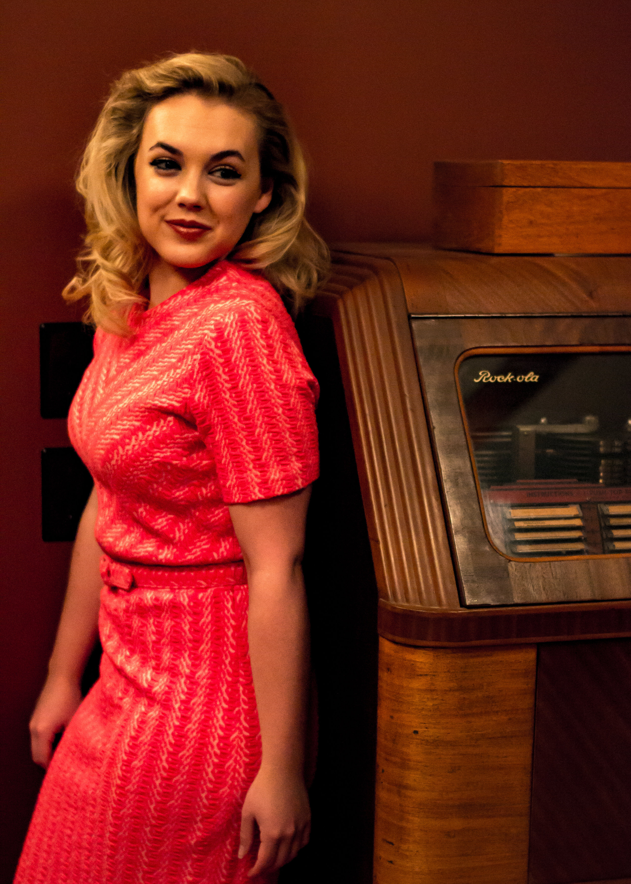 vday look 1 record machine from side.jpg