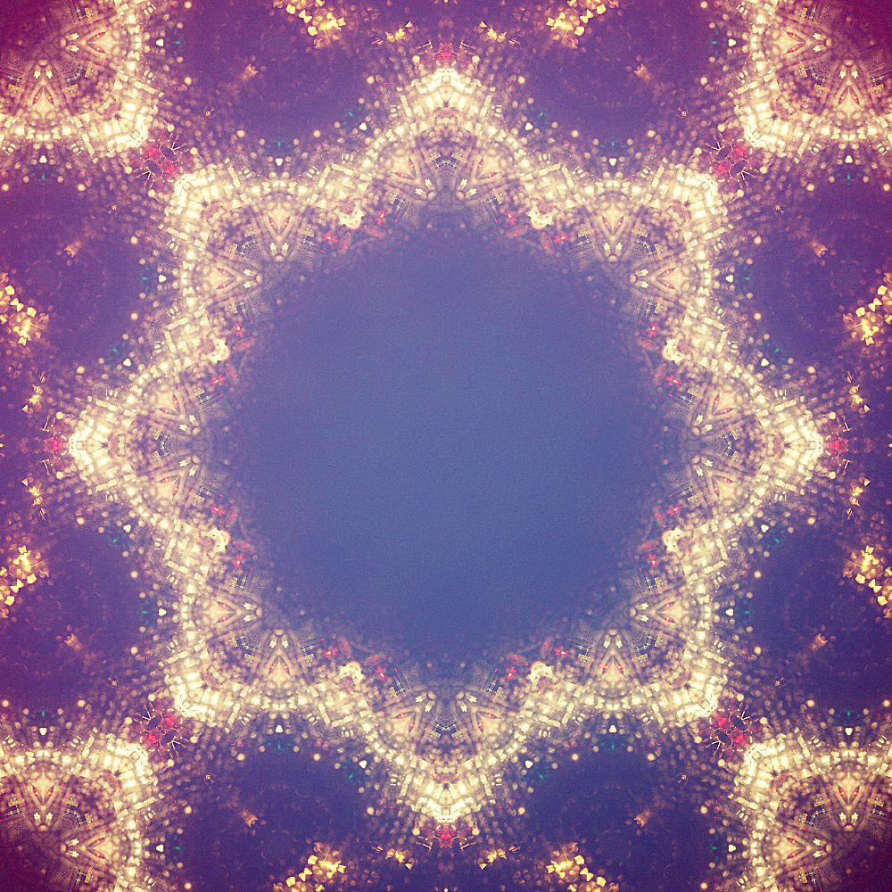 Luminous Pixel Mutation 25