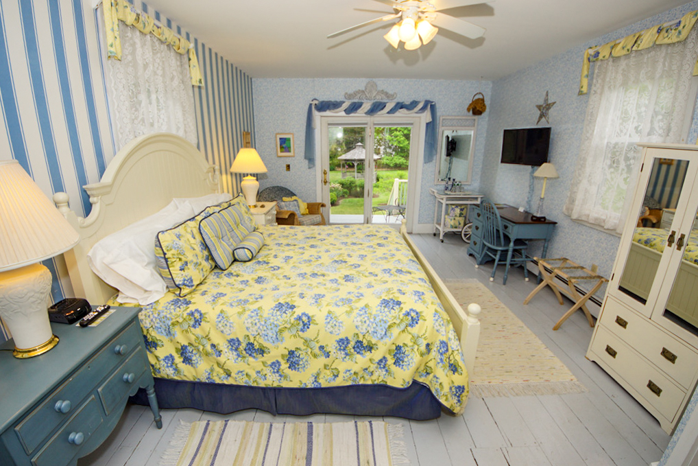 Photo of Island Cottage guestroom