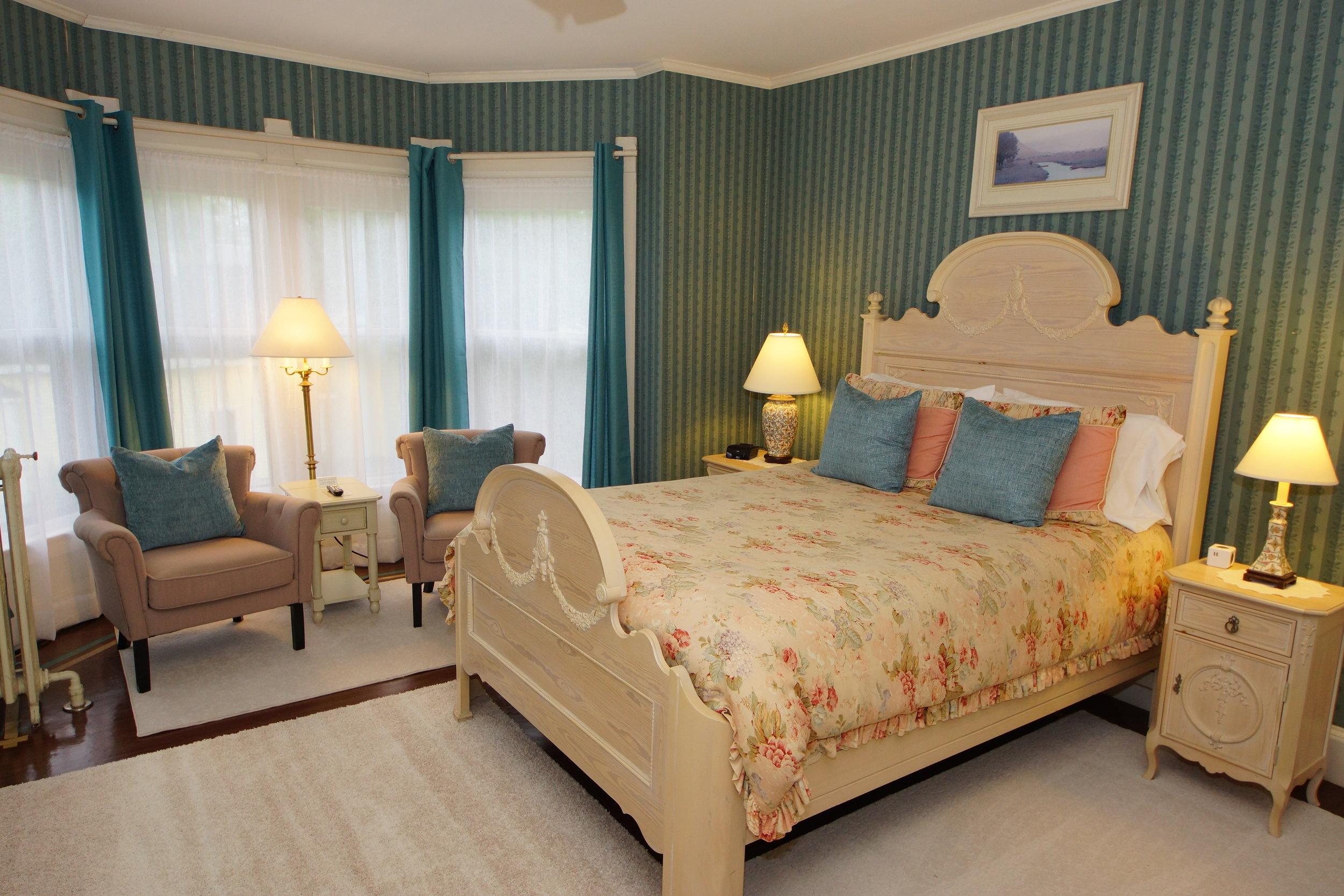 Photo of Monhegan guestroom