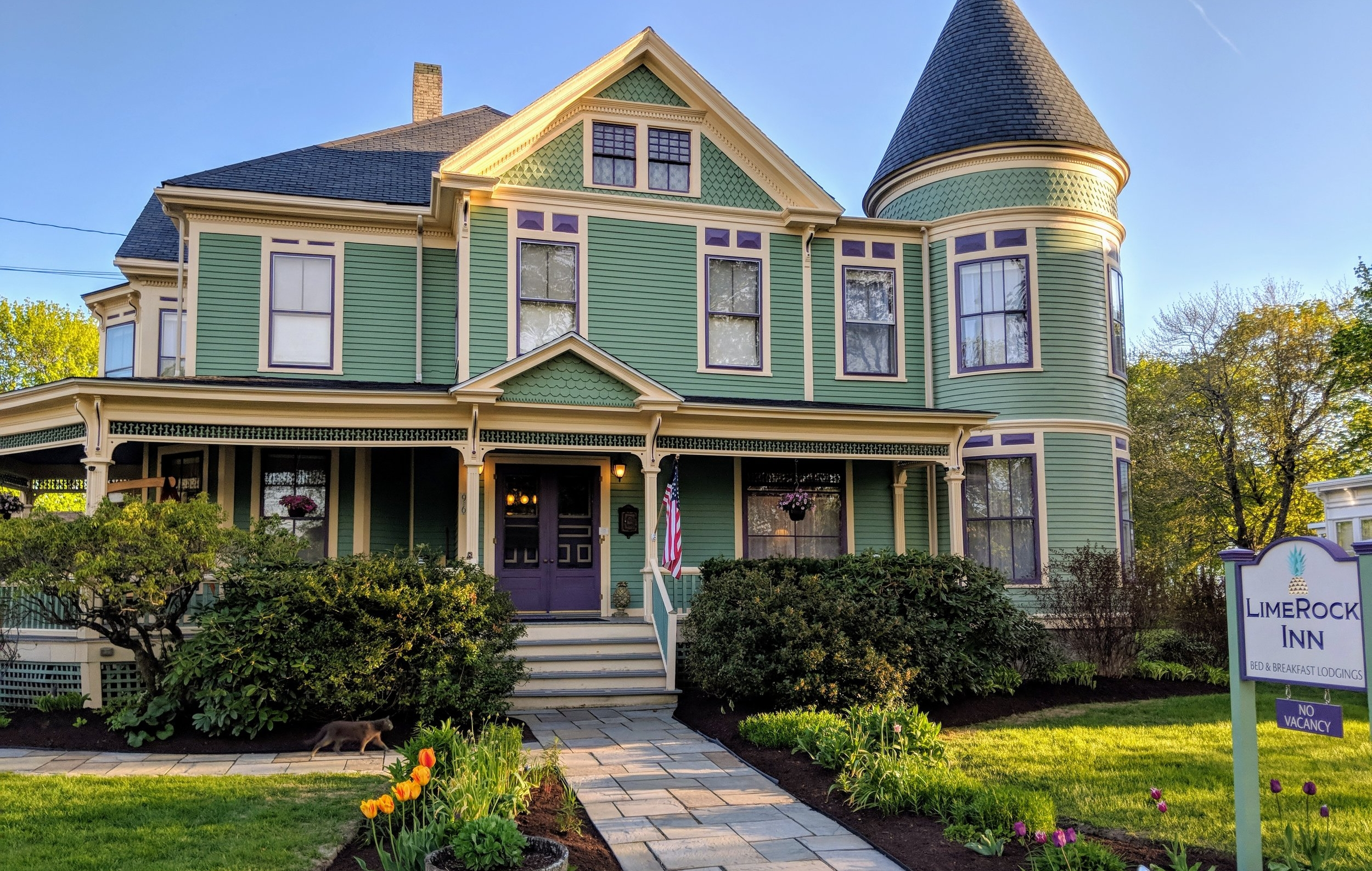 The Inn - LimeRock Inn is tucked away on a quiet street in Rockland's Historic District yet steps away from downtown for a visit to world-class museums, fine dining, Main Street shopping, and what Down East magazine referred to as