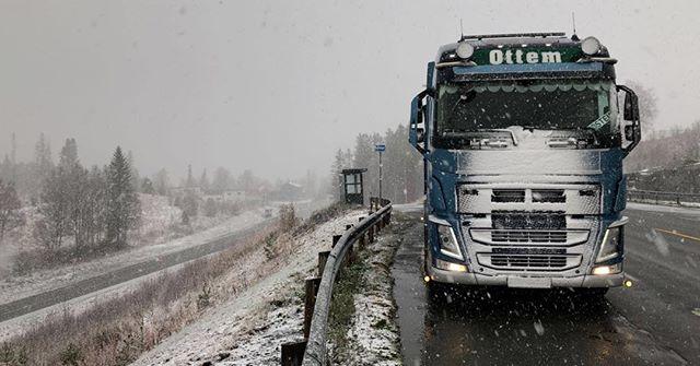 Snøa gitt😃 #ottemtransport #volvotrucks #sjåførboka