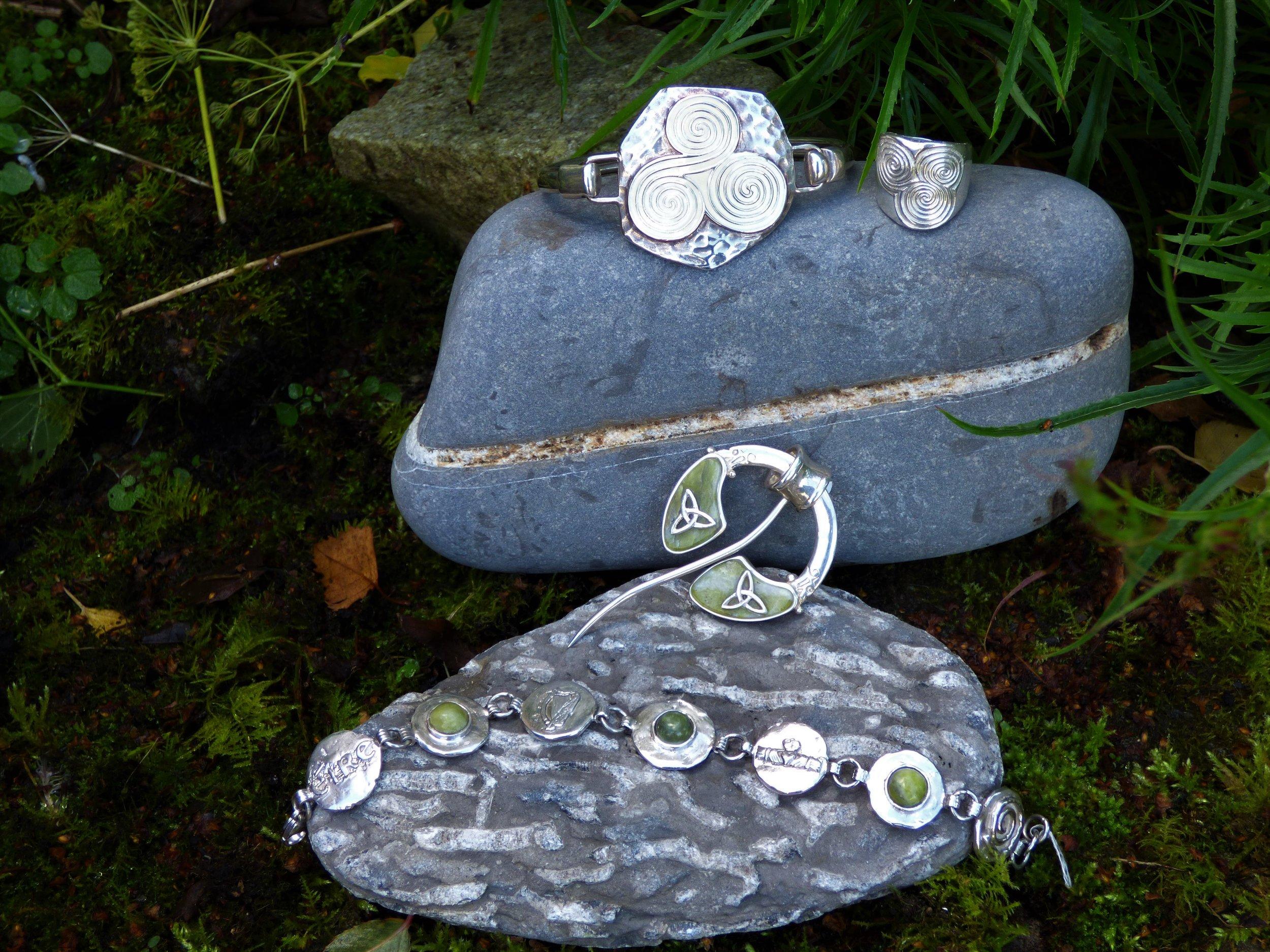 Newgrange and bracelet.JPG