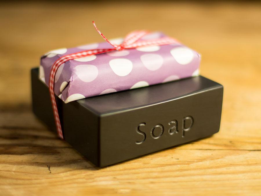 www.grasi.co.uk-welsh-slate-soap-dish.jpg
