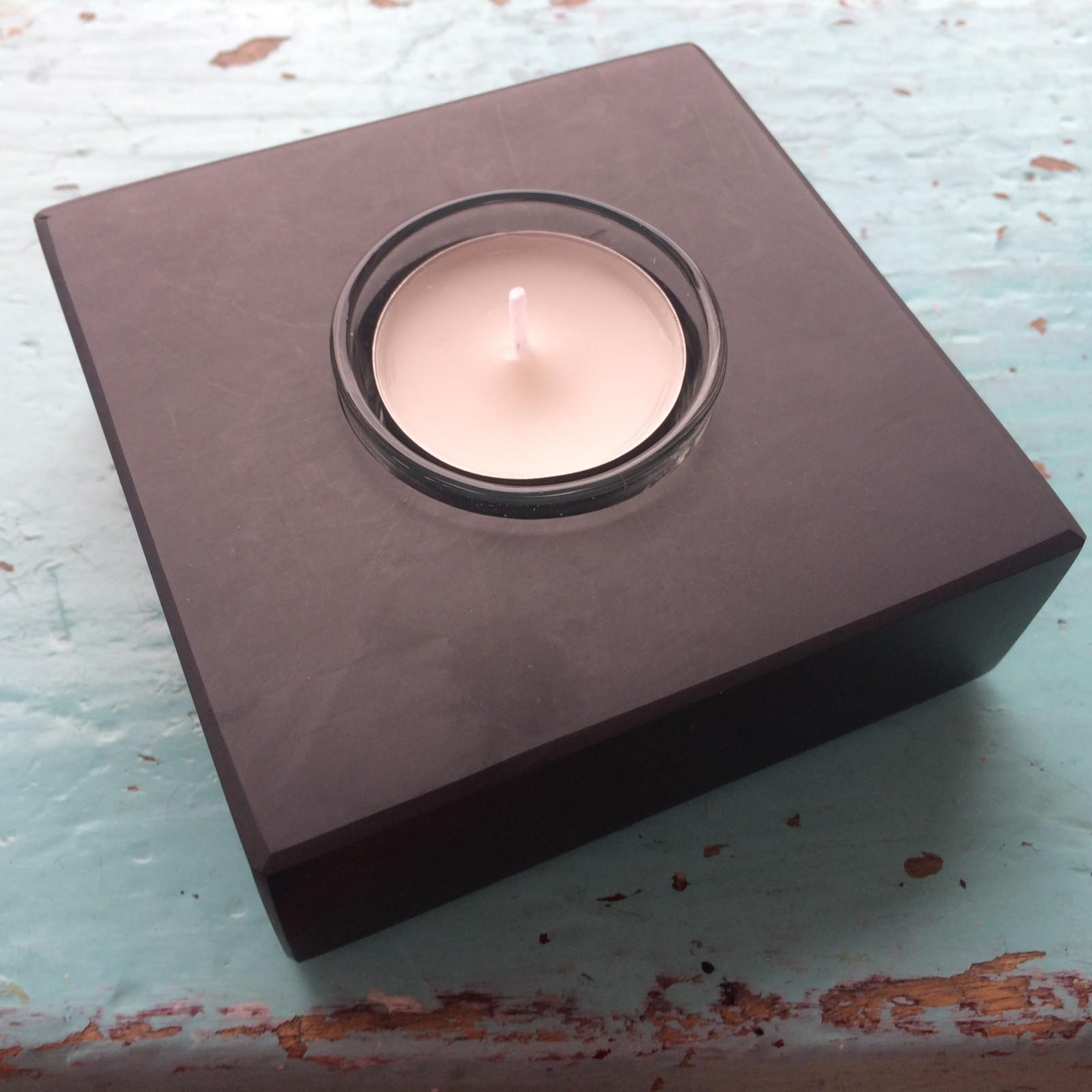 www.grasi.co.uk-welsh-slate-candle-holder.jpg